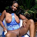 Second pic of Chubby Loving - Busty Ebony Plumper Teasing Outside