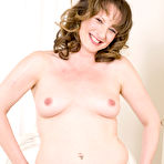 Second pic of Hairy milf Misty is going on a date : WeAreHairy.com