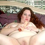Second pic of Chubby Loving - Fat Mature Spreading And Toying