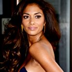 Second pic of Nicole Scherzinger shows sexy cleavage paparazzi shots
