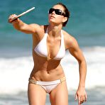 Third pic of Jessica Biel cameltoe free photo gallery - Celebrity Cameltoes