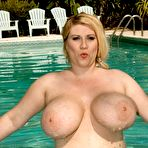 Fourth pic of Renee-Ross-meaty-boobs_SCORELAND FREE PREVIEW