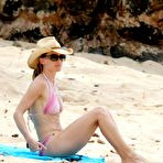 Second pic of Hilary Swank showig off her bikini body on the beach