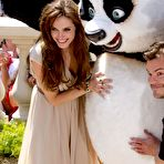 Third pic of Angelina Jolie posing at Kung Fu Panda 2 photocall in Cannes