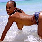 Second pic of Beach pics with beautiful black model Tierra Love and her oiled body - XBabe
