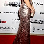 Second pic of Kate Hudson busty wearing a strapless maxi dress at the 28th American Cinematheque Awards in Beverly Hills