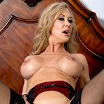 Third pic of Brandi Love Is One Fine And Seductive Woman / MILF Fox