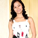 First pic of Cute young Filipina teen Sissi solo posing