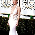 Third pic of Kate Hudson braless showing huge cleavage in revealing white dress at 72nd Annual Golden Globe Awards in Beverly Hills