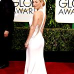 Fourth pic of Kate Hudson braless showing huge cleavage in revealing white dress at 72nd Annual Golden Globe Awards in Beverly Hills