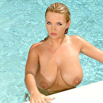 Fourth pic of Ines Cudna Big Boob Polish Model Gets Nude by the Pool