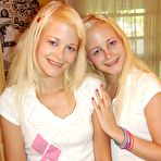 First pic of Milton Twins - amateur blonde twins