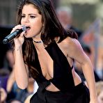 Fourth pic of Selena Gomez fully naked at Largest Celebrities Archive!