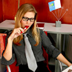 First pic of SecretaryPantyhose :: Linda salacious secretary in pantyhose
