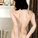 Second pic of Teen amateur Felicity David strips naked with her yoga ball - Coed Cherry