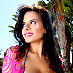 Second pic of Wendy Fiore Brings Her JJ Boobs to Pinup Files