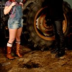 First pic of Pornstar Loz Lorrimar anal fuck on the farm