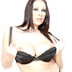 Second pic of Picture - Gianna Michaels Shows Off Her Giant Oiled Up Tits In This Photo Set