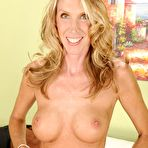 Second pic of Blond-haired MILF with an interesting face shows her perfect labia - IamXXX.com