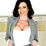 First pic of Veronica Avluv gets gangbanged by five guys from the soccer team