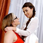 Second pic of Lesbian hosewive Teresa Lynn licks a hot babe