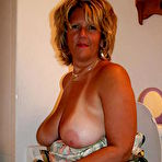 First pic of UK Amateur  Busty Mature Mom - 22 Pics - xHamster.com