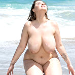 Third pic of Daria Spying On Beach Day Scoreland - Prime Curves