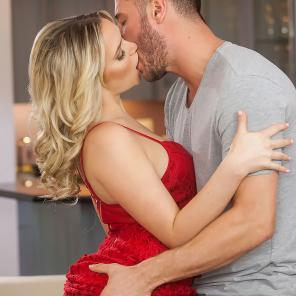 Mia Malkova Shares The Incredible Sex She Has with Danny Mountain #360