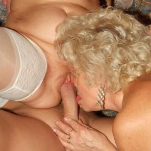Chunky Older Gals Threesome #350210