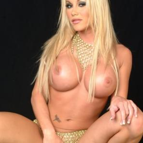 Nude porn Pics with Big Breasted Blondie Solo