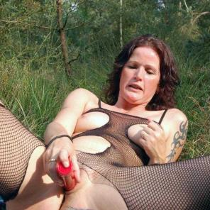 Outdoor Toy Fucked Mature #552530