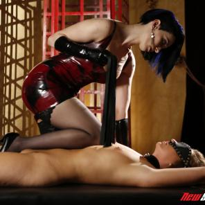 Maddy O' Reilly And Mistress January Seraph - She's In Charge #02 #565265